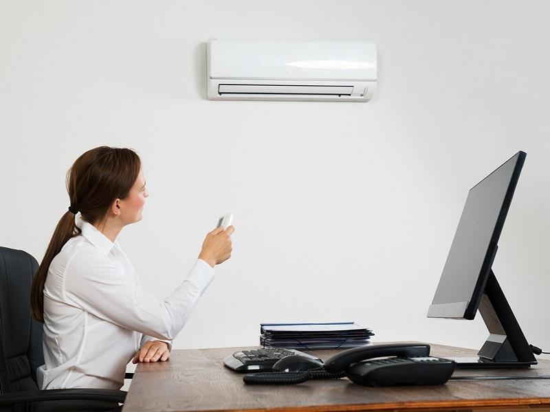 Ufficio Risparmio Energetico.Condizionatori Le Regole Per Risparmiare E Preservare La